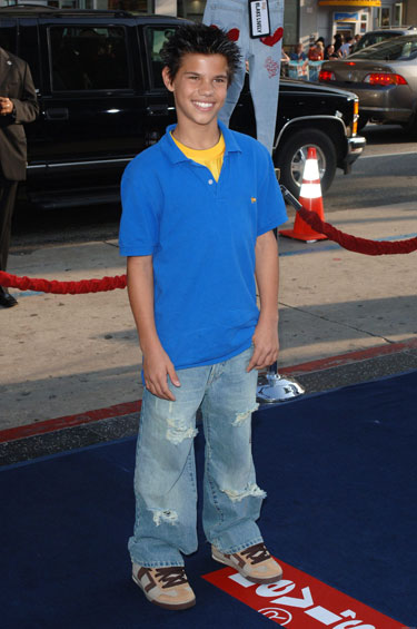 celeb-young-taylor-lautner-before