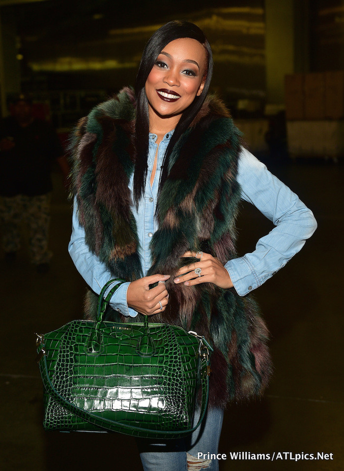 55555-monica-browns-chris-brown-tyga-concert-givenchy-antigona-green-croc-bag-700x957