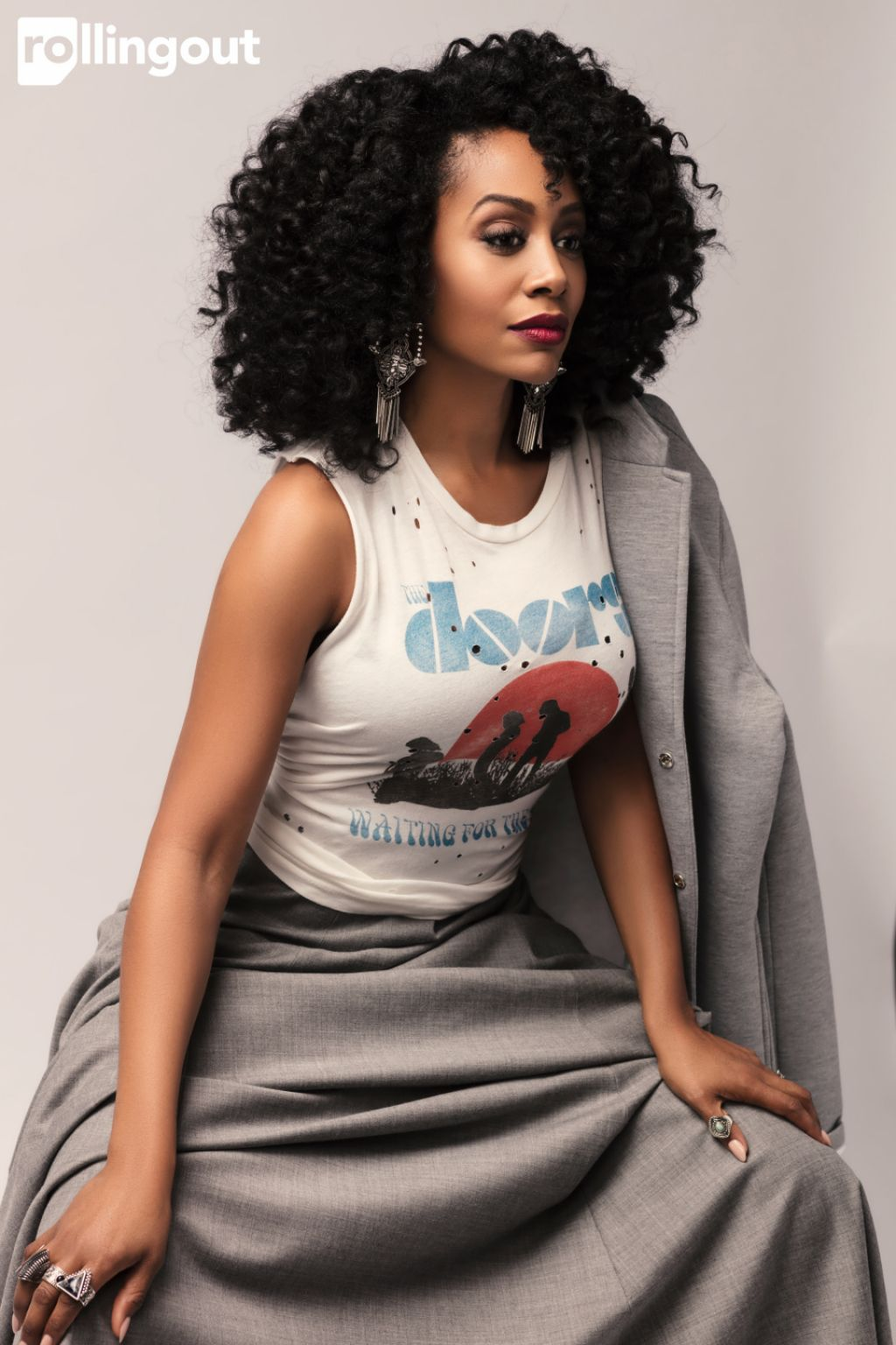 simone-missick-rolling-out-magazine-february-2017-photos-1